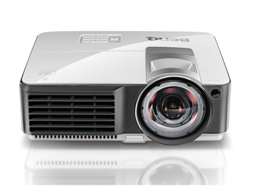 DLP XGA Projector 2700Lum, 10000:1 BenQ